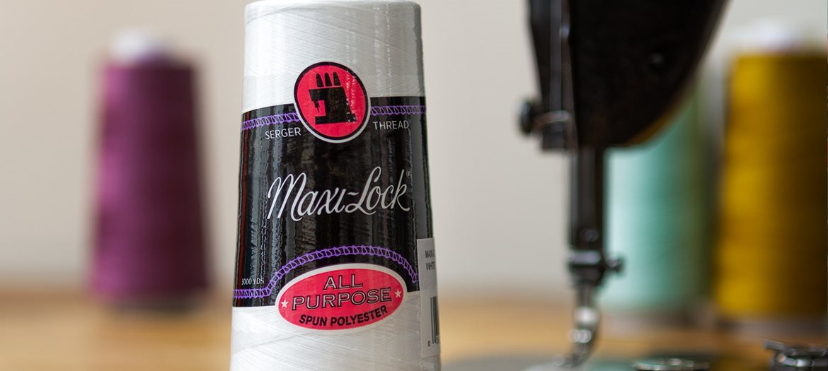 Maxi-Lock 100% Polyester Serging Thread